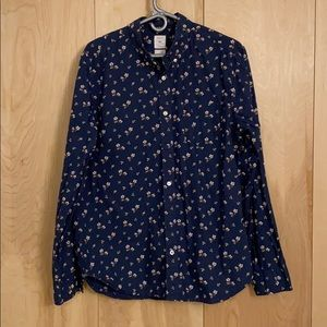 Gap floral printed button down